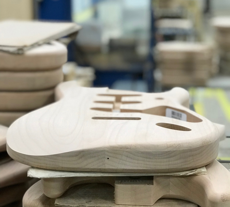 Handtillverkad Fender-kropp
